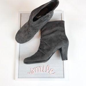 Aerosoles NEW gray suede heeled booties size 9